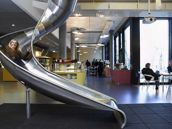 Amazing PHOTOS of Google's office in Switzer