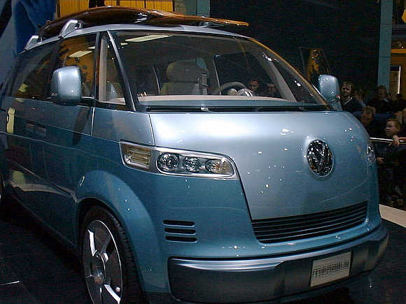 2001 Volkswagen Microbus.