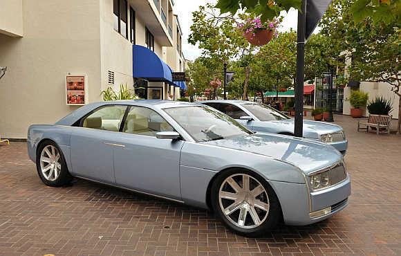2002 Lincoln Continental.