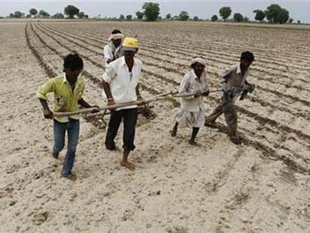 Budget 2013 puts smile on rural poor