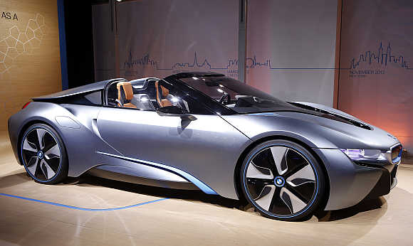 BMW i8 Concept Spyder hybrid in New York.