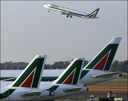 Air France-KLM in advanced talks to buy Alitalia