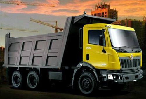 Mahindra Navistar Truck