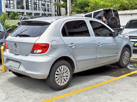 Volkswagen Gol Mk5 2009 car.