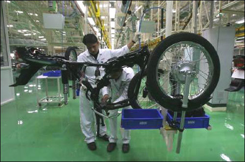 Labour unrest brews at Hero MotoCorp's Gurgaon unit