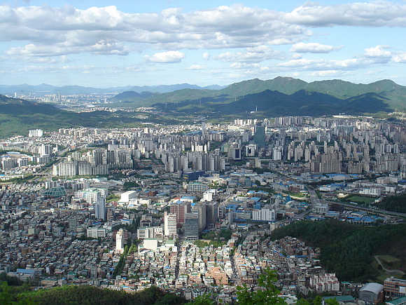 A view of Anyang from Suri mountain.