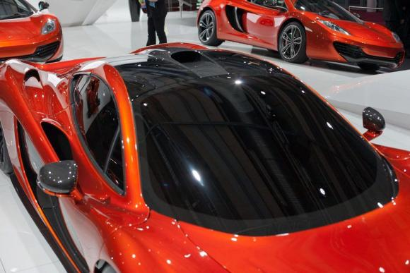 mclaren p1 the next best thing in the supercar world business. Black Bedroom Furniture Sets. Home Design Ideas