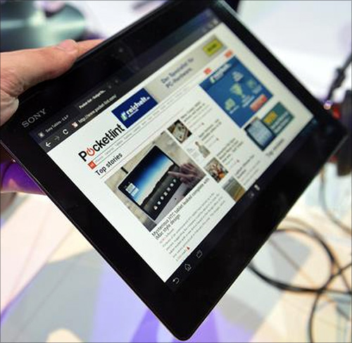 Sony unveils thinnest and lightest Xperia Tablet Z