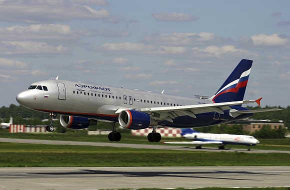 An Aeroflot Airbus A-320 landing in Sheremetyevo airport, Russia.