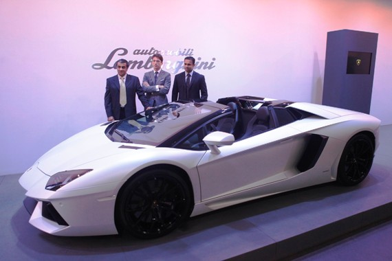 From L to R: Mohan Mariwala, managing director, Auto Hangar (India) Pvt. Ltd., Andrea Baldi, sales manager, South East Asia and Pacific, Automobili Lamborghini S.p.A and Pavan Shetty, head of operations, Lamborghini India posing with the Aventador LP 700-4 Roadster.