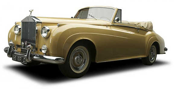 Silver Cloud I Mulliner Drophead Coupe was sold for $368,500.