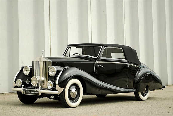 1947 Drophead Coupe was sold for $220,000.