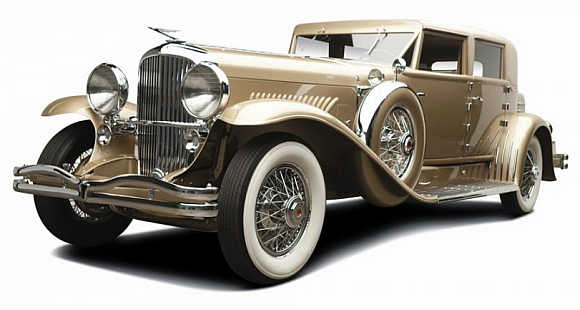 1934 Duesenberg was sold for $1.43 million.