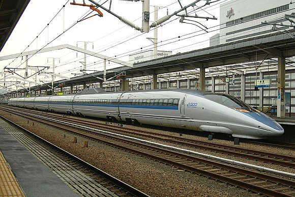 Shinkansen 500.