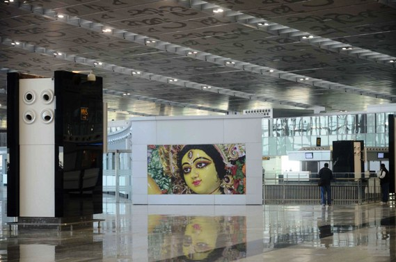 An image of Goddess Durga embellishes the wall of the new Kolkata airport.