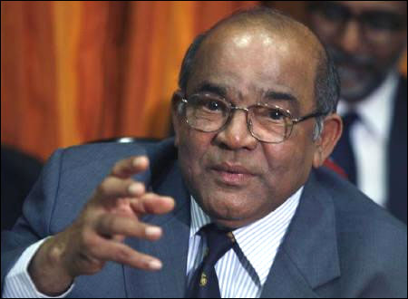 Should India Inc enter the banking space? Y V Reddy explains