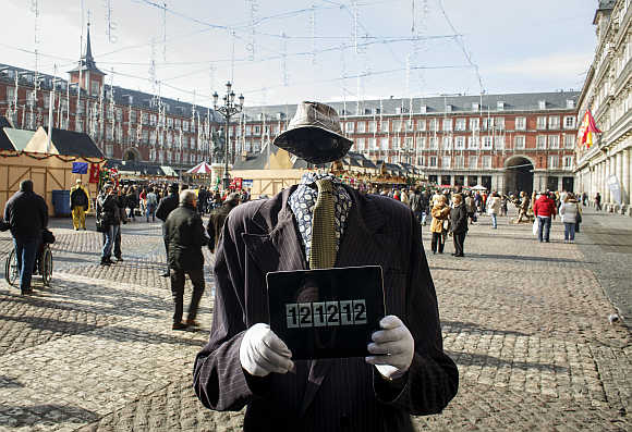 A street performer with an iPad in Madrid, Spain.