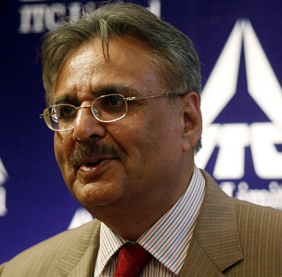 Y C Deveshwar, chairman of ITC.