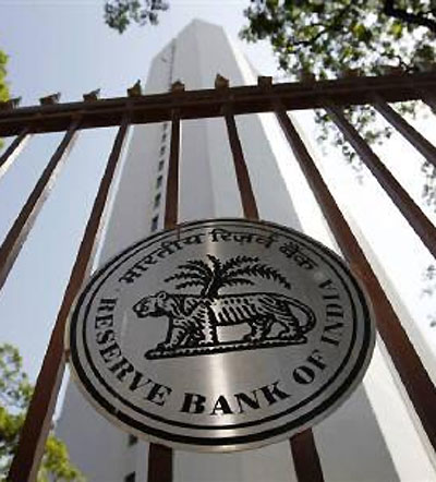 RBI steps to curb Re volatility, not to impact interest rate: FM