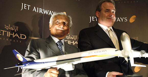 Jet Airways Chairman Naresh Goyal (L) and James Hogan (R), CEO of Etihad Airway.