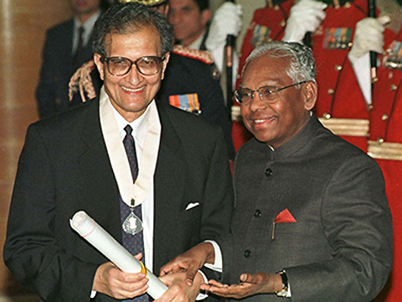Amartya Sen is the only economist to have hurt India's poor: Jagdish Bhagwati