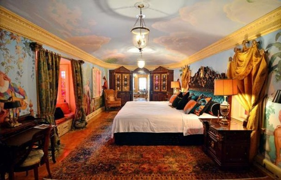 Empire Suite at the South Beach mansion.