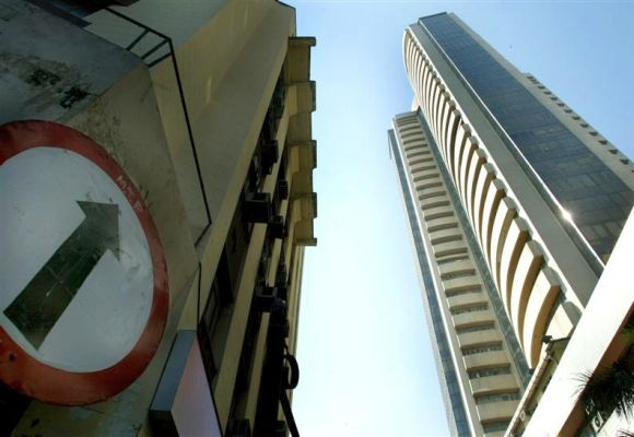 Sensex gains 200 points as rupee recovers; Banks lead