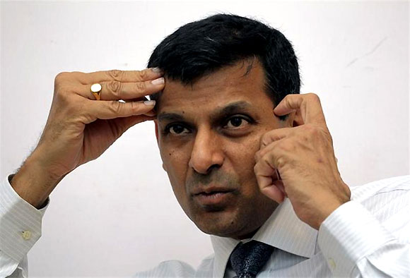 India to take warranted steps to stem rupee fall: Rajan