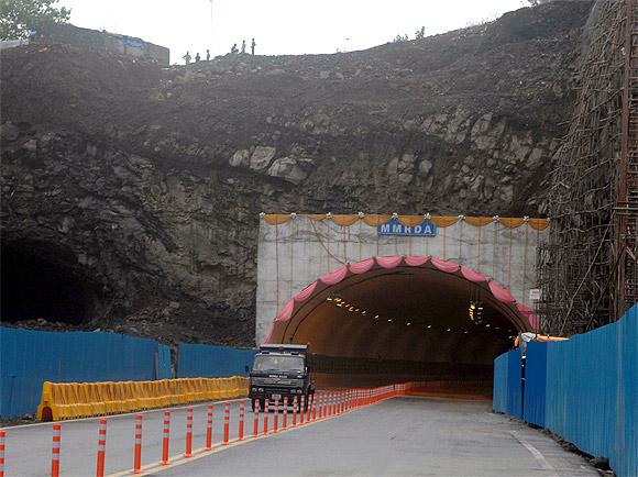 Panjarpol Chembur Tunnel.