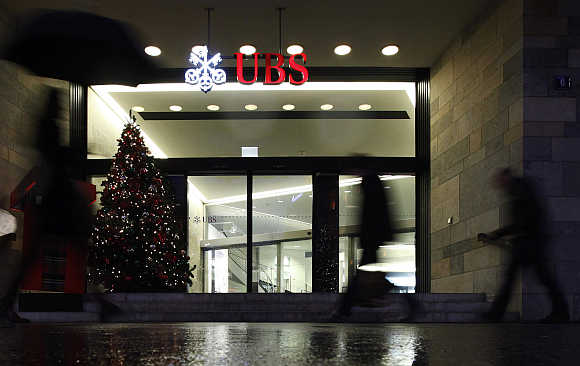 Swiss bank UBS at Paradeplatz square in Zurich, Switzerland.