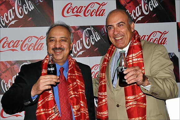 Atul Singh with Muhtar Kent, Chief Executive Officer, The Coca-Cola Company