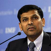 Record-high current account deficit biggest concern: Rajan