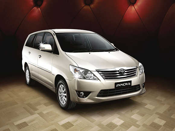 Toyoto Innova.