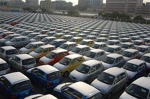 Feb car sales at 12-year low, plunge 25.7 percent