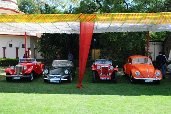 Old beauties put Jaipur in retro mood