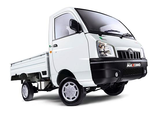 Mahindra Maxximo.