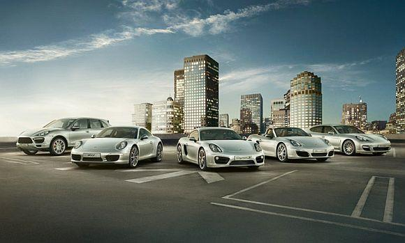 What makes Porsche 911 car of the century?
