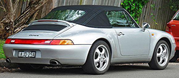 Porsche 911 Carrera.