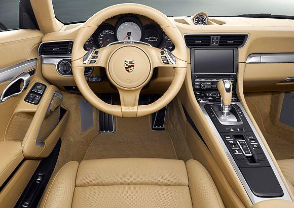 Interior of 911 Carrera.