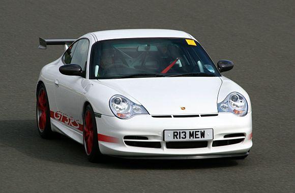 Porsche 996 GT3 RS.