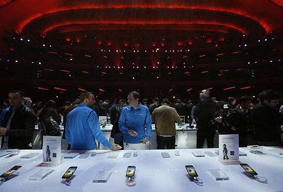 Samsung puts the Galaxy S4 on display for media after the unveiling ceremony at the Radio City Music Hall in New York.