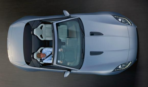Jaguar F-Type to debut in July; starts at Rs 1.3 crore