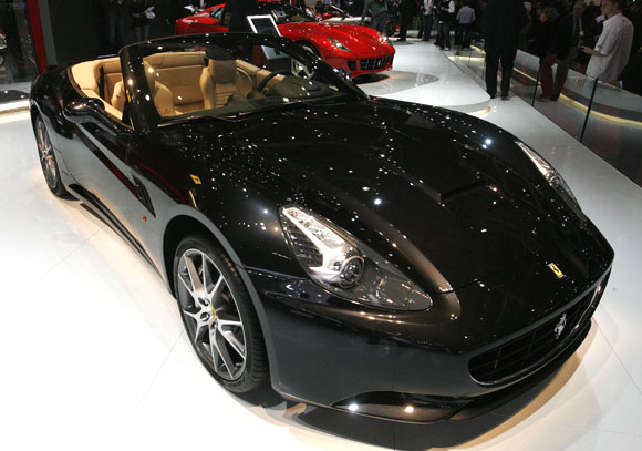 A Ferrari California is displayed.