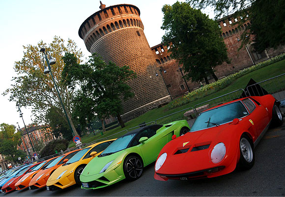 Lamborghini cars set for the Grand Tour.