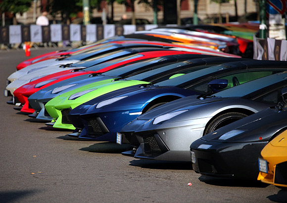 350 Lamborghini cars on a grand tour