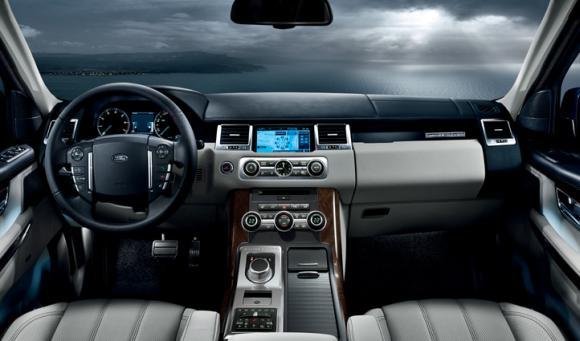 Range Rover Sport interior.
