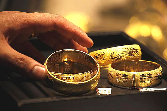 Business News in India - Indian Stock Market News, Economic & Financial News in India - NO need to get aggressive on GOLD this Akshaya Tritiya