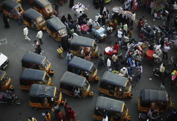 Why India needs to focus on e-vehicles for public transport