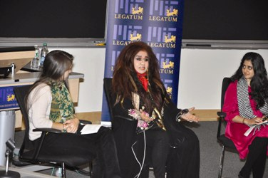 Shahnaz Husain with MIT students