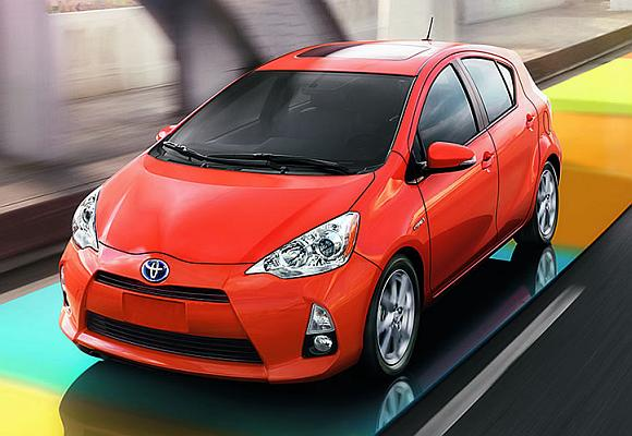Toyota Prius c 2013.